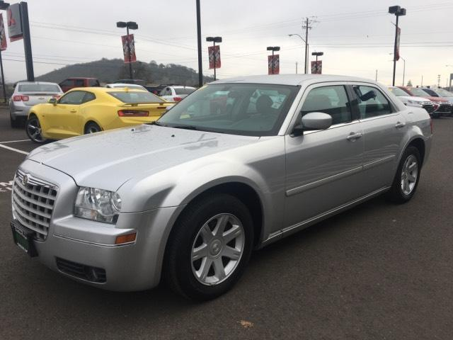2005 chrysler 300 touring touring 4dr sedan for sale in. Black Bedroom Furniture Sets. Home Design Ideas