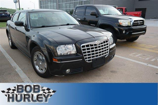 2005 chrysler 300 touring touring 4dr sedan for sale in tulsa oklahoma classified. Black Bedroom Furniture Sets. Home Design Ideas