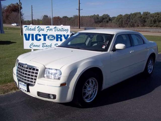 2005 chrysler 300 touring for sale in dyersville iowa classified. Cars Review. Best American Auto & Cars Review