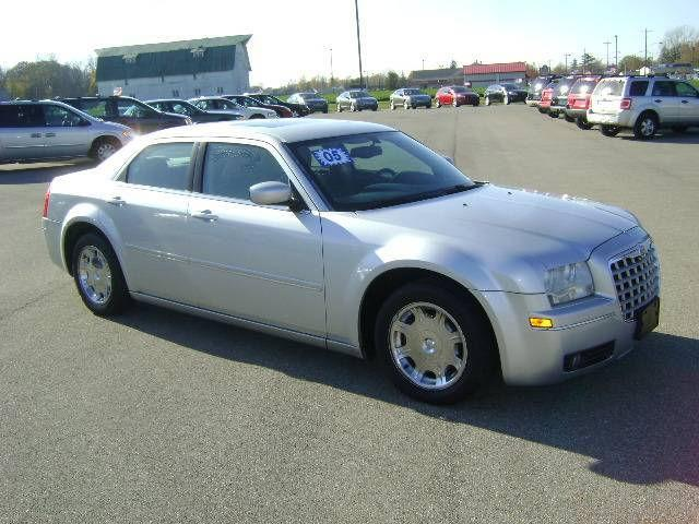 2005 chrysler 300 touring for sale in montpelier ohio for Maxton motors of montpelier