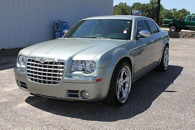 2005 chrysler 300c base for sale in ozark alabama classified. Black Bedroom Furniture Sets. Home Design Ideas
