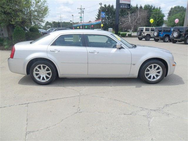 2005 chrysler 300c base 2005 chrysler 300c car for sale in edinboro pa 4369191748 used. Black Bedroom Furniture Sets. Home Design Ideas
