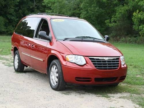 2005 chrysler town country mini van passenger 4dr lwb touring for sale in lowell michigan. Black Bedroom Furniture Sets. Home Design Ideas