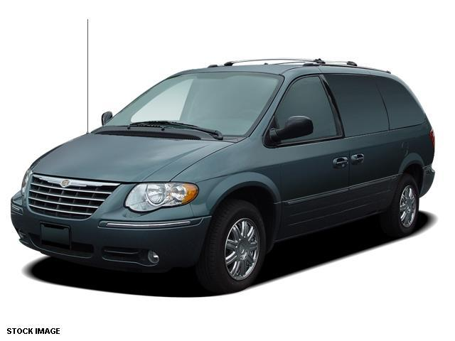 2005 chrysler town and country touring touring 4dr extended mini van for sale in avon new york. Black Bedroom Furniture Sets. Home Design Ideas