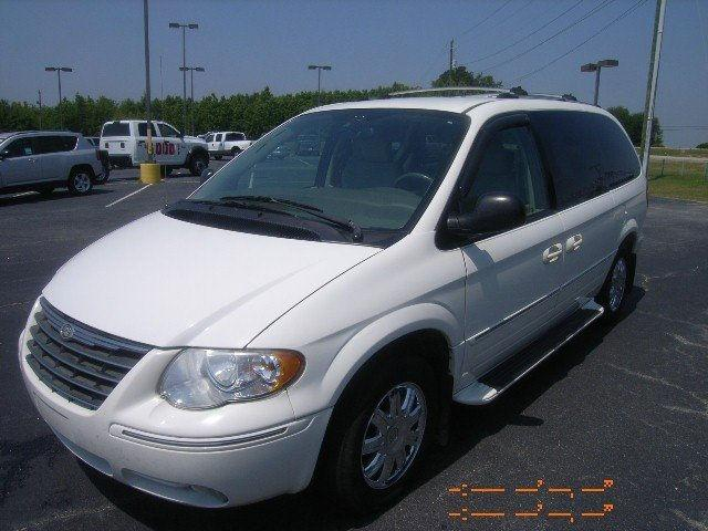 2005 chrysler town country limited for sale in thomson georgia classified. Black Bedroom Furniture Sets. Home Design Ideas