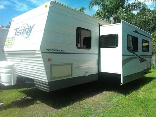 2005 Fleetwood Terry 320dbhs 34 Travel Trailer Large