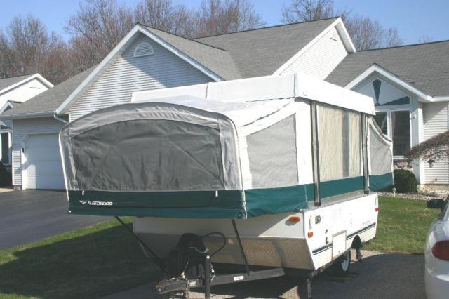2005 fleetwood yuma pop up camper one owner for sale in for Tiny house holland michigan