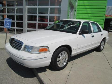 2005 ford crown victoria 4 door sedan for sale in acorn kentucky classified. Black Bedroom Furniture Sets. Home Design Ideas