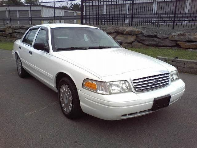 2005 Ford Crown Victoria For Sale In Moosic Pennsylvania