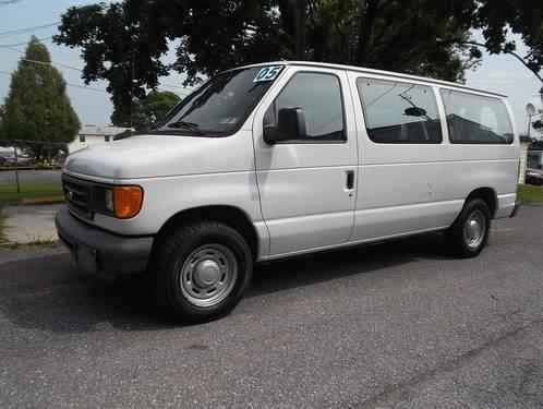 2005 ford econoline full size passenger van 8 passenger xl for sale in bermudian pennsylvania. Black Bedroom Furniture Sets. Home Design Ideas
