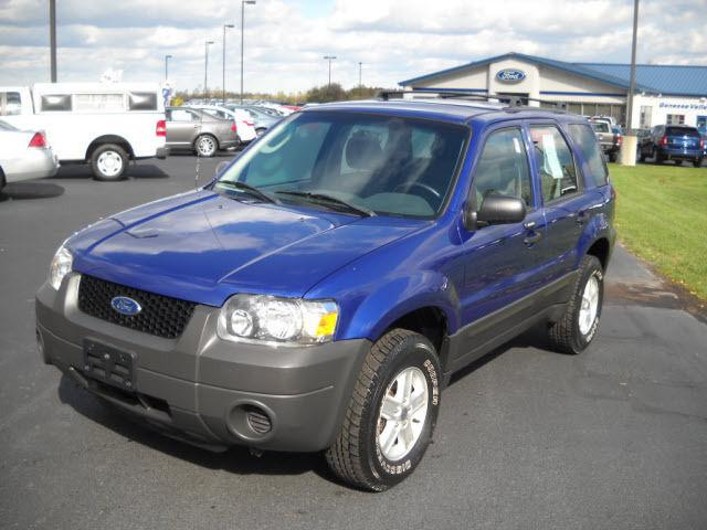 2005 ford escape xls for sale in avon new york classified. Black Bedroom Furniture Sets. Home Design Ideas
