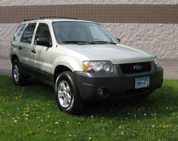 2005 ford escape xlt for sale in blaine minnesota classified. Black Bedroom Furniture Sets. Home Design Ideas