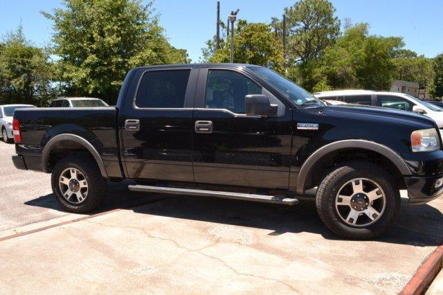 2005 Ford F-150 FX4 4dr SuperCrew FX4 4WD Styleside 5.5