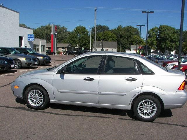 2005 ford focus zx4 for sale in sioux falls south dakota. Black Bedroom Furniture Sets. Home Design Ideas