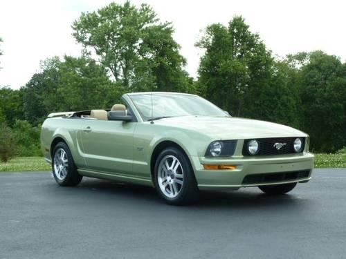 2005 ford mustang convertible gt for sale in hulmeville pennsylvania classified. Black Bedroom Furniture Sets. Home Design Ideas