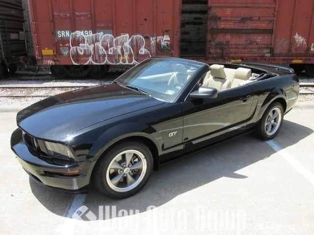 2005 ford mustang convertible gt deluxe for sale in carrollton texas classified. Black Bedroom Furniture Sets. Home Design Ideas