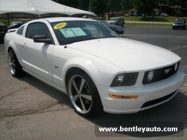 2005 ford mustang gt for sale in florence alabama classified. Black Bedroom Furniture Sets. Home Design Ideas