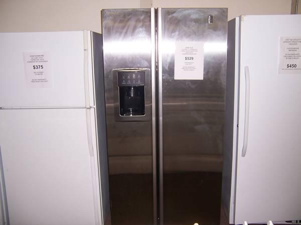 2005 Ge 25 Cu Ft Stainless Steel Refrigerator For Sale
