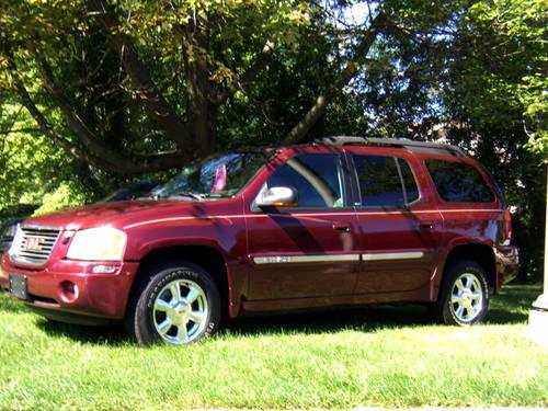 2005 gmc envoy xl slt maroon auto for sale in brookfield ohio classified. Black Bedroom Furniture Sets. Home Design Ideas