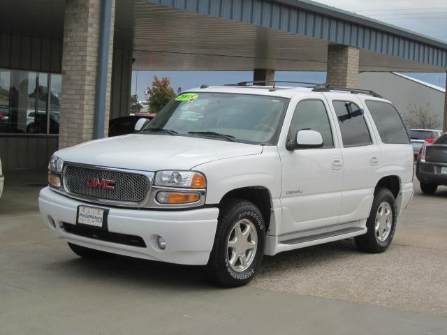2005 Gmc Yukon Denali For Sale In Pella Iowa Classified