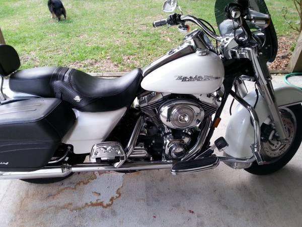 2005 Harley Davidson FLHR Road King in Floral City, FL