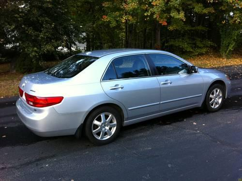2005 honda accord ex l v6 silver auto 127k mi for sale in leominster massachusetts. Black Bedroom Furniture Sets. Home Design Ideas