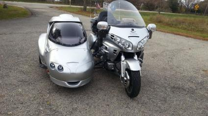honda goldwing abs  hannigan astro sidecar worldwide  shipping  sale