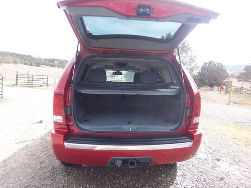 2005 jeep grand cherokee- always garaged