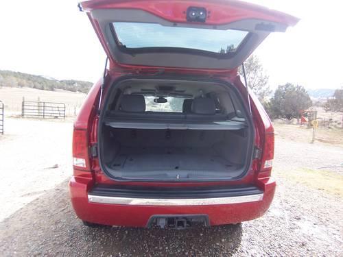 2005 jeep grand cherokee- always garaged