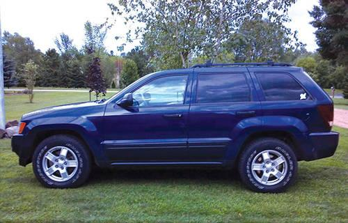 2005 jeep grand cherokee laredo 4 x 4 sharp for sale in caryville wisconsin classified. Black Bedroom Furniture Sets. Home Design Ideas