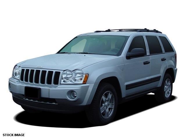 2005 Jeep Grand Cherokee Laredo 4dr Laredo 4WD SUV