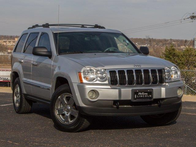 2005 Jeep Grand Cherokee Limited 4dr Limited 4WD SUV