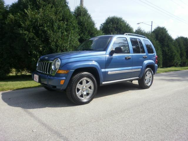 2005 jeep liberty limited for sale in cedar rapids iowa classified. Black Bedroom Furniture Sets. Home Design Ideas