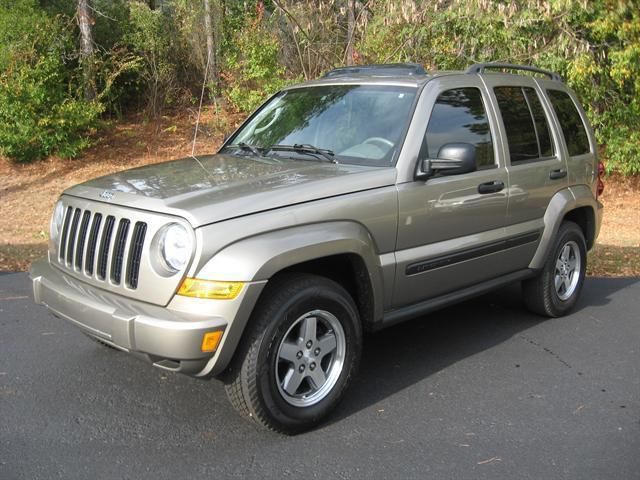 2005 jeep liberty renegade for sale in tallahassee florida classified. Black Bedroom Furniture Sets. Home Design Ideas