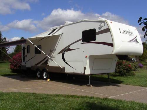 2005 Keystone Laredo 28rl Fifth Wheel Louisville  Ky  For