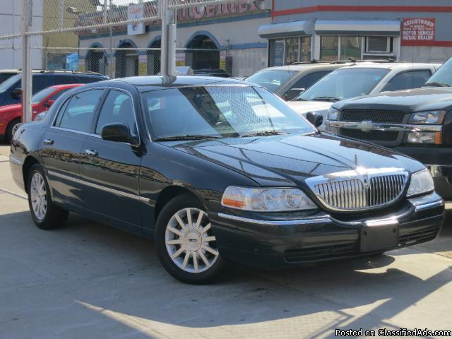 2005 lincoln town car signature for sale for sale in brooklyn new york classified. Black Bedroom Furniture Sets. Home Design Ideas