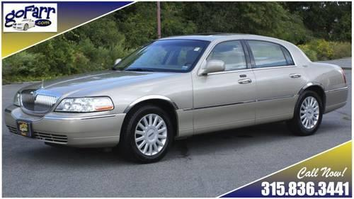 2005 lincoln town car signature limited moonroof heated leather loaded for sale in glen park. Black Bedroom Furniture Sets. Home Design Ideas