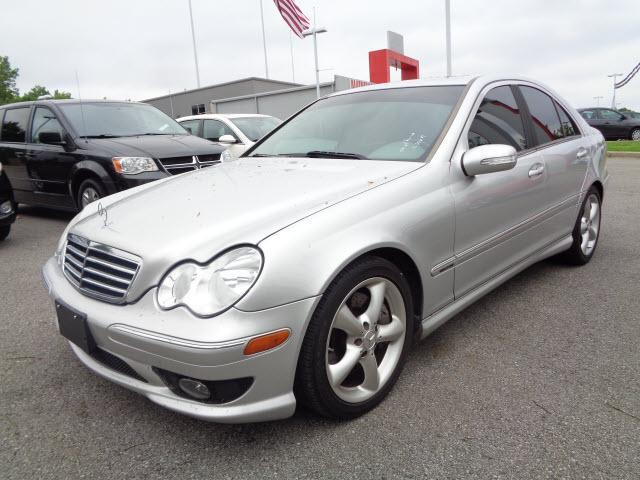 2005 mercedes benz c class c230 kompressor c230 kompressor 4dr sedan for sale in clarksville. Black Bedroom Furniture Sets. Home Design Ideas