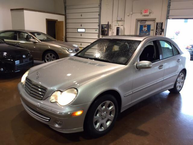 2005 mercedes benz c class sedan luxury for sale in darbydale ohio classified. Black Bedroom Furniture Sets. Home Design Ideas