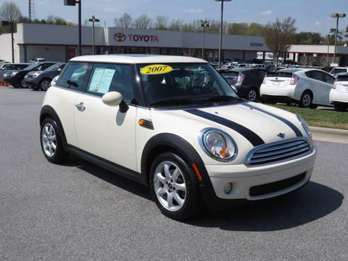 2005 mini cooper coupe convertible in kernersville nc for. Black Bedroom Furniture Sets. Home Design Ideas