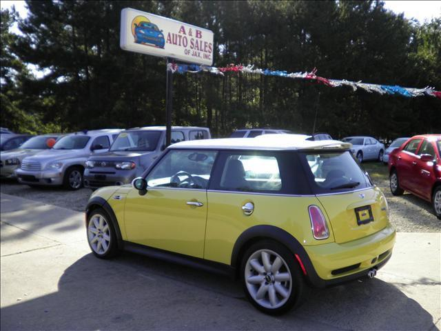 2005 mini cooper s for sale in chipley florida classified. Black Bedroom Furniture Sets. Home Design Ideas