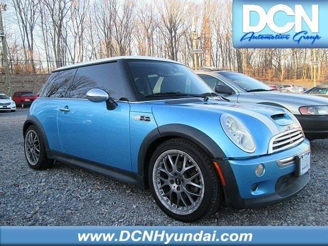2005 MINI Cooper S S 2dr Supercharged Hatchback