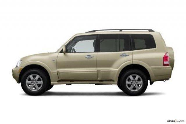 2005 MITSUBISHI Montero 4dr Limited 4WD SUV for Sale in Wyoming, Michigan Classified ...