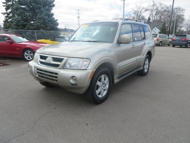 2005 mitsubishi montero 4dr limited 4wd suv for sale in wyoming michigan classified. Black Bedroom Furniture Sets. Home Design Ideas