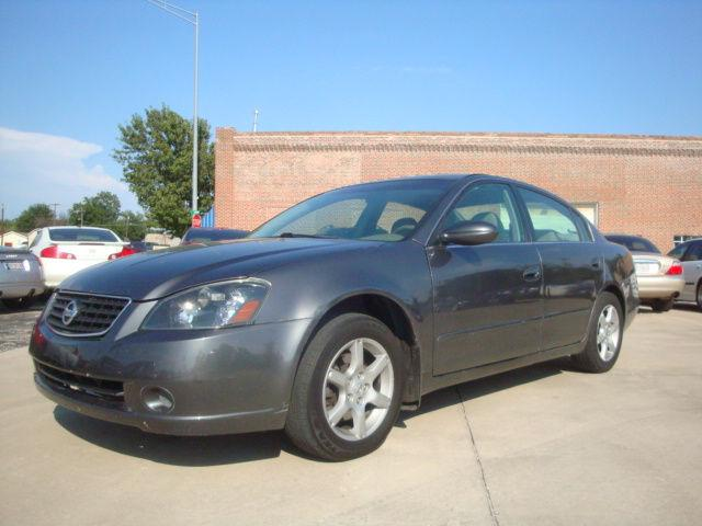 2005 nissan altima 2 5 s for sale in skiatook oklahoma classified. Black Bedroom Furniture Sets. Home Design Ideas