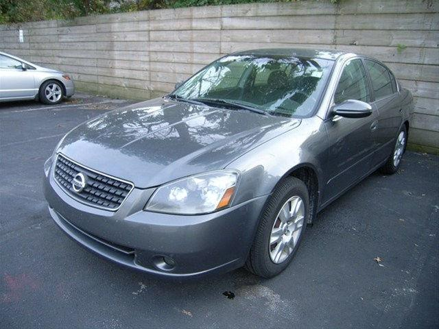 2005 nissan altima 2 5 s for sale in newark delaware. Black Bedroom Furniture Sets. Home Design Ideas