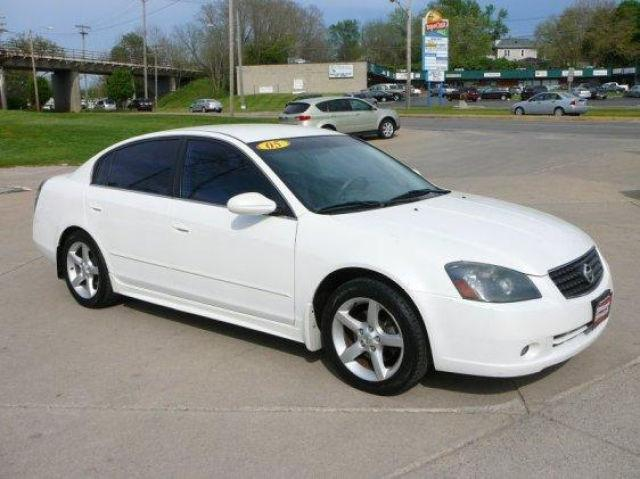 2005 nissan altima 3 5 se r for sale in marion iowa classified. Black Bedroom Furniture Sets. Home Design Ideas