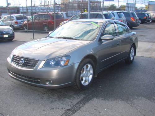 2005 nissan altima sl v6 clean carfax fully loaded with many extras for sale in jamaica new. Black Bedroom Furniture Sets. Home Design Ideas