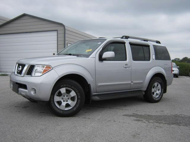 2005 nissan pathfinder le for sale in shelbyville tennessee classified. Black Bedroom Furniture Sets. Home Design Ideas