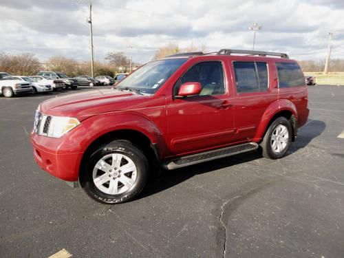 2005 nissan pathfinder suv 4x4 le for sale in mineral wells mississippi classified. Black Bedroom Furniture Sets. Home Design Ideas